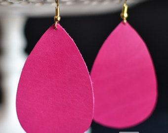 Leather teardrop earrings in Raspberry with gold hook