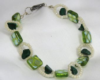 Forest Halo green and white bracelet