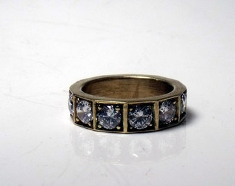 14k Gold Ring with 6 Diamonds RF503