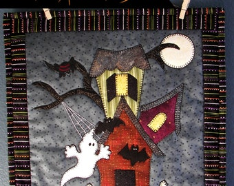Haunted House Table Topper, Wall Hanging Quilt Pattern