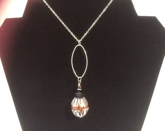 The nutty pendant