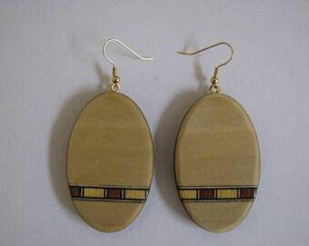 Inlayed Oval Poplar Earrings