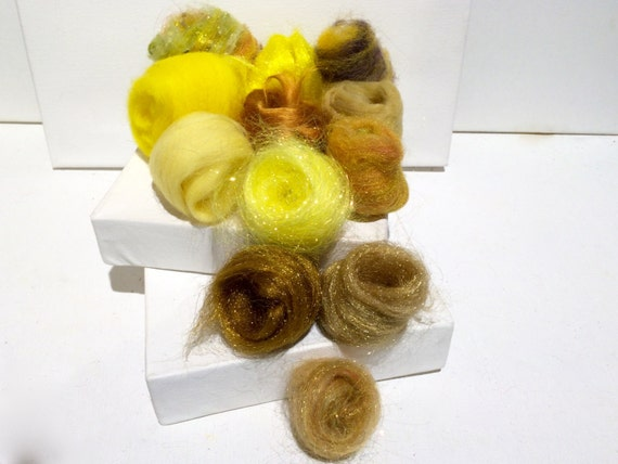 Yellow Fiber Art kit Sampler, felting wool, spinning, blending board fiber, Needle Felting kit, Yellow palette: lemon, canary, duckling 1 oz