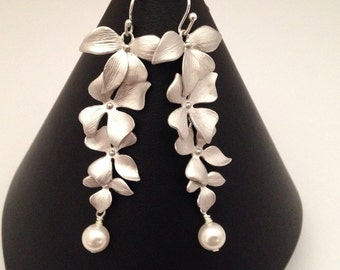 Orchid flowers and pearl bridal earrings, cascading flowers, bridesmaids gifts, bridal jewelry, Swarovski crystal pearl