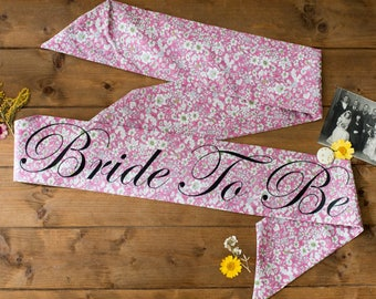 LIMITED EDITION Pink Vintage Style Hen Party Sash - Classy Alternative Hen Do / Bridal Shower /  Bachelorette - as seen in Mollie Makes