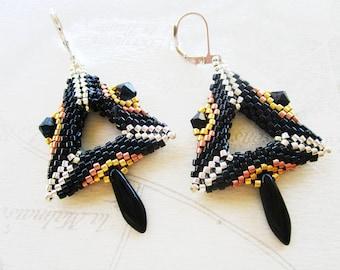 Earrings woven in 3D triangle, black, silver, gold, copper, black crystal dagger pendant