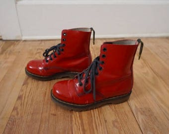 90s Vintage Doc Martens AirWare Bright Red Lace Up Ankle Boots Women Sz 5