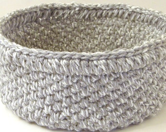 Crocheted Cat Beds, Soft Travel Pet Bed, Thick n Chunky Storage Basket for Magazines or Kitties, in Heather Gray Tweed, Deluxe Cat Gifts