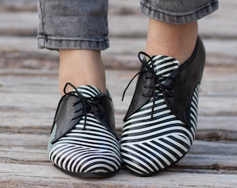 Leather Shoes, Printed Oxford Shoes, Close Shoes, Flat Shoes, Black and White Shoes , Free Shipping
