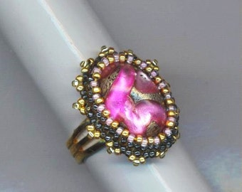 Vintage German Beadwoven Glass Ring . Fuchsia Pink Rose Lilac . Gold Plated Marbled  Statement Ring - Fancy Pink by enchantedbeas on Etsy