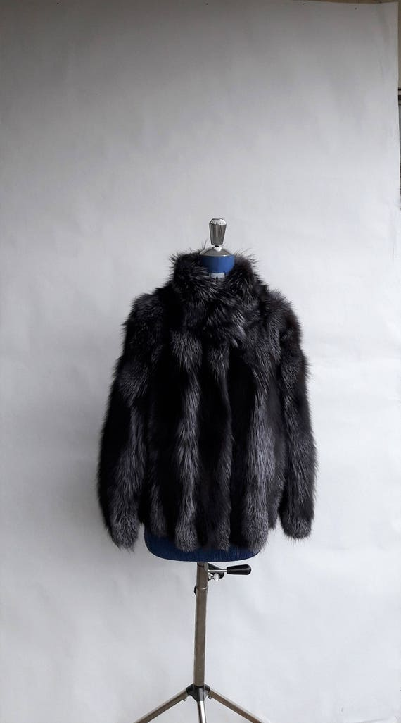 BRAND NEW!! SILVER fOX fUR jacket with collar