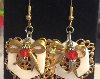 Gold leaf with bow, mop and red crystal earrings