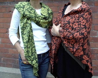 ROSE GARDEN lime-green: Large, elegant shawl knitted from merino mousse wool. HANDMADE by bestrickend by ideenreich-berlin.de