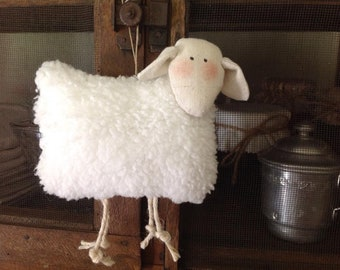 Hanging in linen and fur sheep