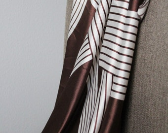 Chocolate and White Ribbon Print