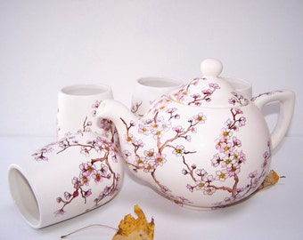 Cherry Blossom Teapot with 4 Matching Cups