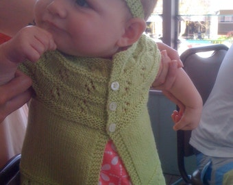 PDF Southern Star; 5ply/ Sportweight; a top down, lacy knitting pattern for babies & toddlers