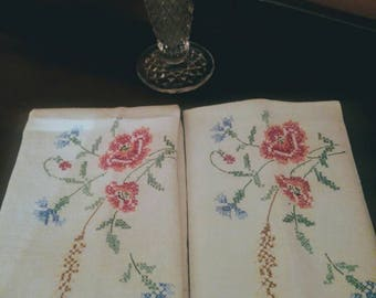 Vintage Linen Floral Cross Stitch Floral Tea Towel Set, Kitchen Towel, Hand Towel