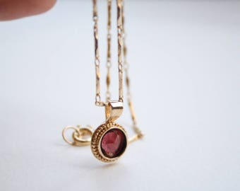 Garnet necklace, Garnet birthstone necklace, Gold garnet necklace, Red stone necklace, Round garnet pendant, Mom birthday jewelry