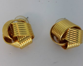 Knot Gold Plated Vintage Pierced Earrings