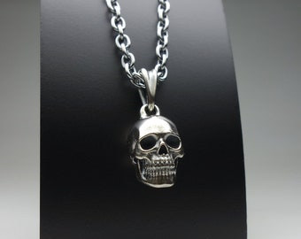 Small skull drop pendant necklace - silver 925