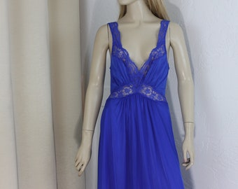 Vintage Blue Nightgown Size Large Long Silky Stretchy