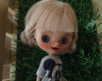 Petite Blythe tbl/fake custom by Beatricemblythe. Pin.