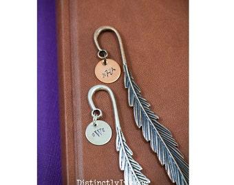 Professeur cadeau signet • professeur cadeau étudiant signet métal • livre personnalisé amant cadeau Book Club plume signet •Librarian cadeau d'appréciation