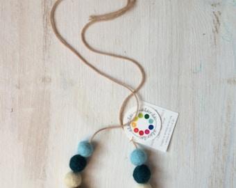 organic wool nursing necklace