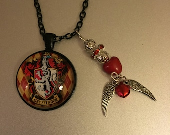 Handmade Griffindor Necklace with Pendant