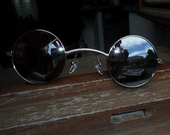 Steampunk small lense glasses.