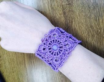 Knitted purple bracelet Macrame bracelet Beaded bracelet Boho Friendship bracelet Gift for her Free shipping Birthday