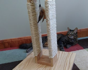Natural Sisal Cat Scratch Post