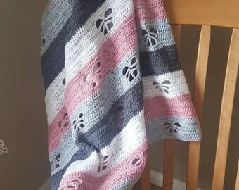 Butterfly Detail Crochet Baby Blanket PATTERN