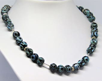 Necklace blue green Tibetan agate