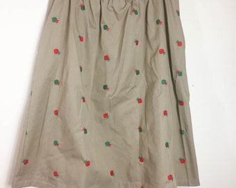 80's Vintage Women's Skirt - SIZE XL - Strawberry Embroidered Tan