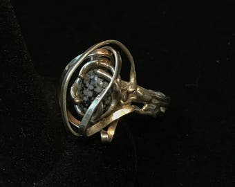 Exquisite Sterling Silver Snowflake Obsidian Ribbon Ring, Size 7.5