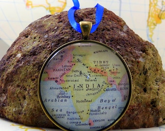 India Map Christmas Ornament, Keep a memory Alive / HONEYMOON Gift / Wedding Map Gift / Travel Tree Ornament / Corporate gift