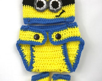 Minion Hat with diaper cover and boots, crochet 0-3 month, blue and yellow, Halloween, baby photo shoot