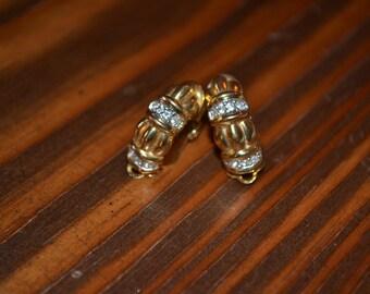 Vintage gold tone rhinestone clip earrings/vintage rhinestone earrings/vintage earrings/gold tone clip earrings/an.63