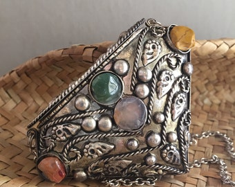 VINTAGE NECKLACE...New Age metal accessory jewelry~Gemstones boho chic zen box small container bride hippie chic summer travel ~ home decor
