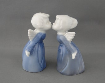 Vintage Kissing Angles Made in Japan