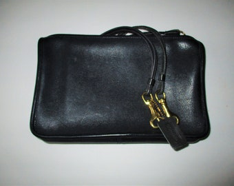 Coach Vintage Bonnie Cashin Navy Blue Zippered Clutch Made in NEW YORK USA.