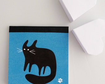 Mini Notepad 8x8cm illustrated with a black cat