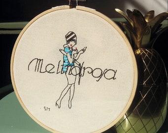 Melindrosa Illustration in fabric by hand * Ilustração exclusiva em tecido