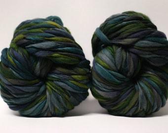 Handspun Merino Wool Thick and Thin Yarn Bulky Wool Slub  Hand Dyed tts(tm) Self-Striping LR1704