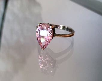 Striking Vintage Pear Cut Faceted Pink Crystal Sterling Silver Ring  Size 7