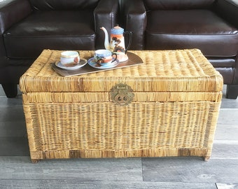 Vintage Boho Wicker Trunk, Rattan Trunk, Coffee Table, Large Wicker Box, Storage