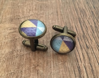 Cufflinks in brass plate inlaid with modern geometric design with glass dome (14mm)