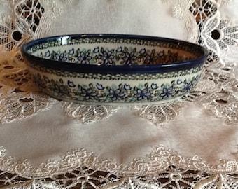 Polish Pottery Medium Casserole Dish originates from Boleslawiec, Poland